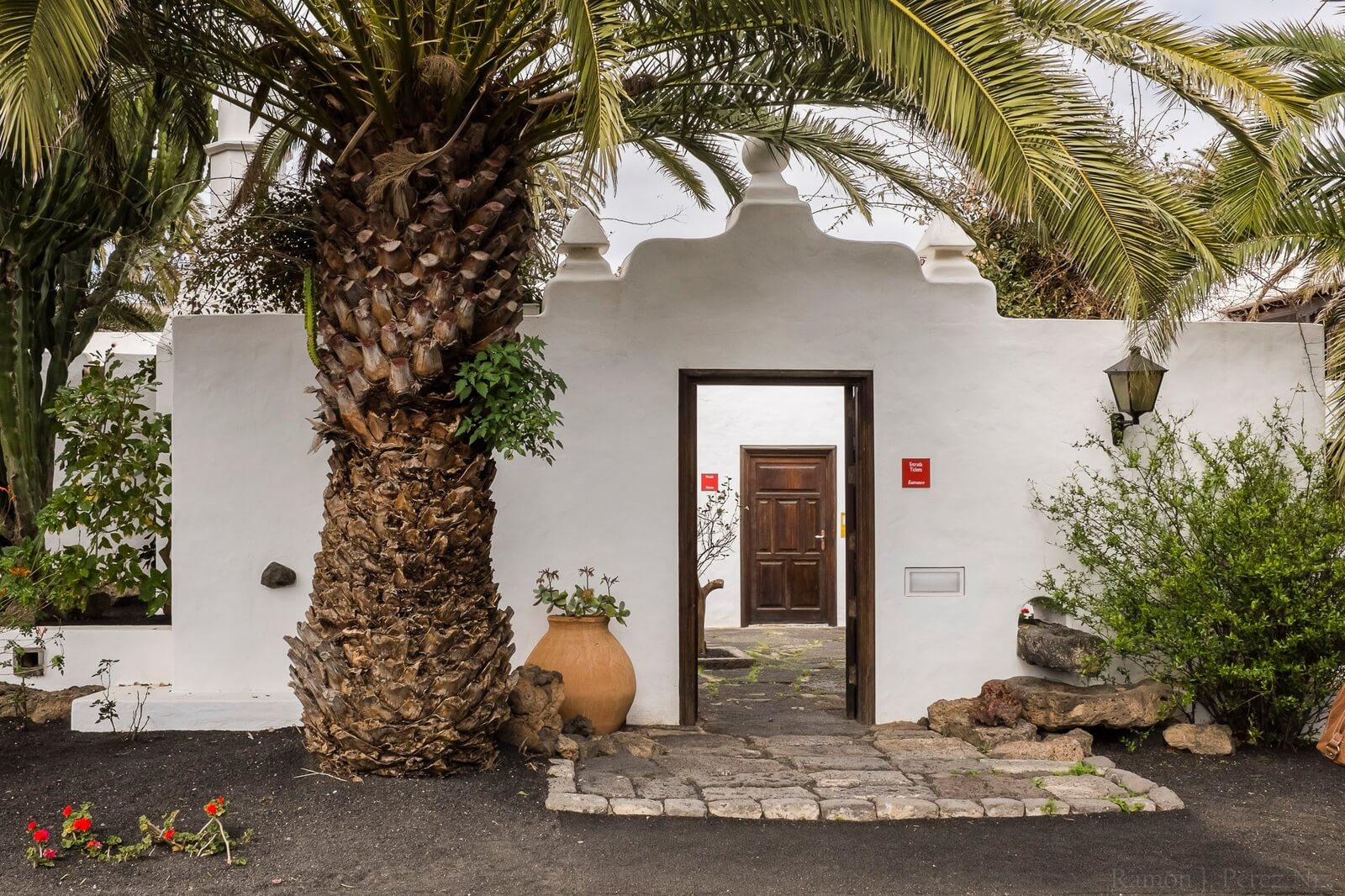 Entrada a la Casa-Museo de César Manrique. Fotografía de Ramón Pérez Niz.
