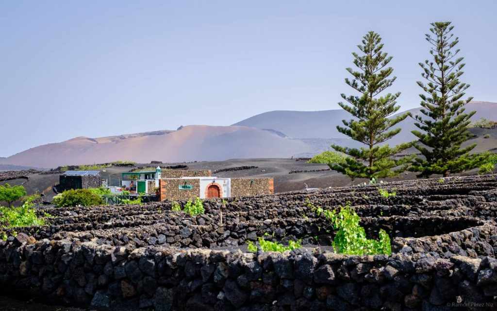 ¿Dónde alojarse en Lanzarote? Alojamientos volcánicos. Fotografía: Ramón Pérez Niz.